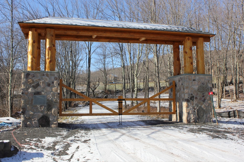 Gate hardware case study 360 yardware for Driveway gate lock