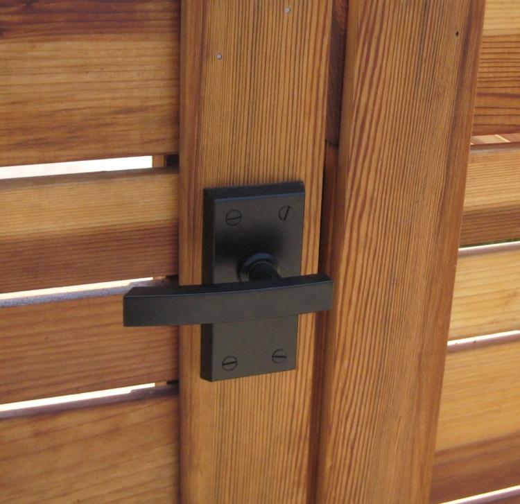 Nero Contemporary black self latching gate latch