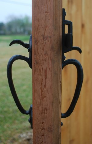 Two sided gate thumb latch in bronze