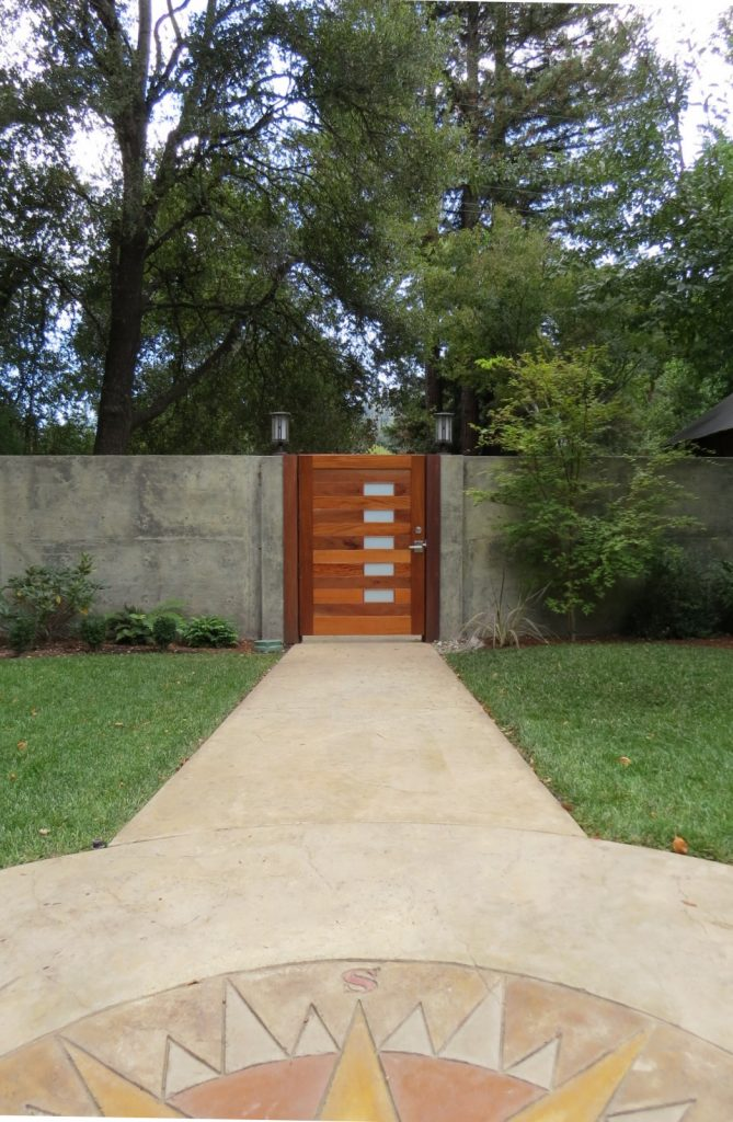 Custom Contemporary Courtyard Entry Gate in Santa Cruz Mountains