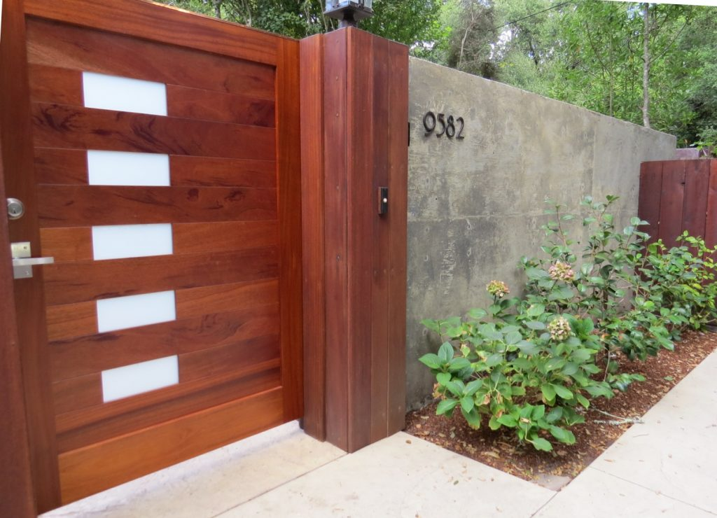 Exterior of Contemporary Mahogany Gate with Stainless Gate Hardware