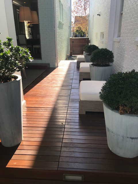 Wood deck patio with Nero Gate Latch