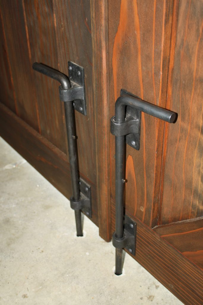 Double gate with cane bolts Coastal Bronze 80-100
