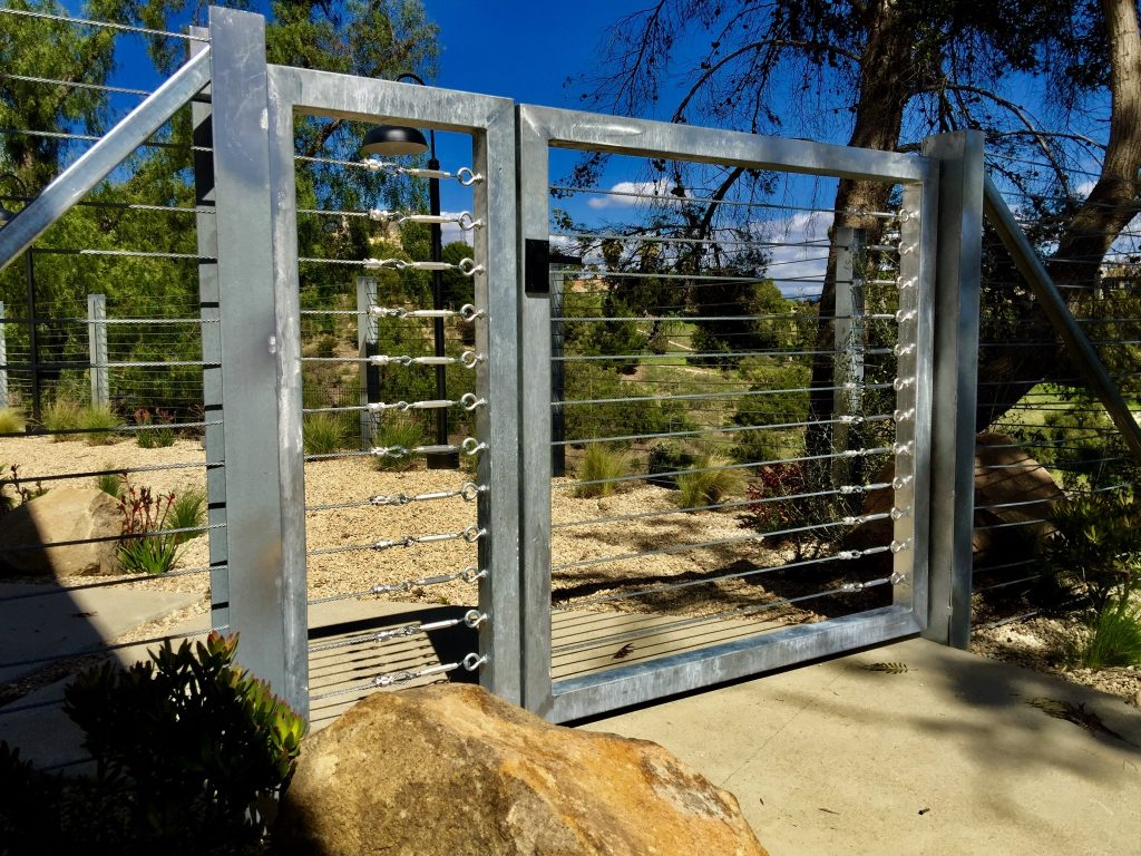 Stainless steel gate fence with Nero modern gate latch